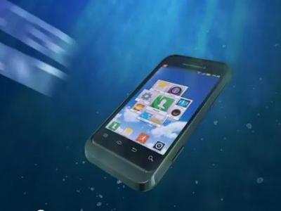 Narušený tínedžer prečerpal vodu z rybníka, aby zachránil mobil: Skončilo to smradľavou katastrofou!