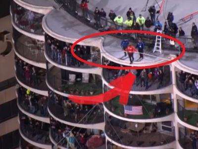 Šialené video: So zaviazanými očami prešiel po lane medzi mrakodrapmi!
