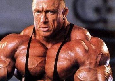 steroidy na svaly